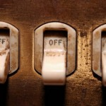 <!--:ro-->Cateva semne de intrebare legate de tranzactiile cu energie pe piata bilaterala si situatia producatorilor<!--:-->