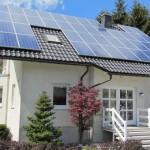 """Statul acorda 8.000 de lei persoanelor fizice care folosesc energia regenerabia la incalzire in cadrul Programului """"Casa Verde"""""""