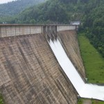 <!--:ro-->La a patra strigare, dupa cinci ani de la prima licitatie, hidrocentrala de la Bicaz intra in procesul de retehnologizare<!--:-->