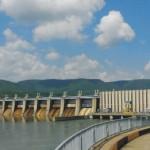 Debitul Dunarii da dureri de cap producatorilor de energie din Balcani. Desi pretul va exploda in perioada urmatoare, Romania nu de semne ca ar putea exporta energie