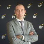 Studiu EY: Decarbonizarea, digitalizarea si descentralizarea accelereaza evolutia spre o lume noua a energiei