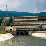 Noua centrala hidroelectrica de la Bretea adauga la sistemul energetic 12 MW. Mai raman de instalat inca vreo 3500 de MW, daca luam in considerare potentialul hidroenergetic al Romaniei